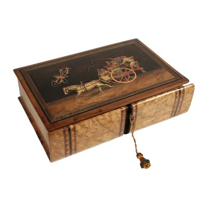 Box, signed by A. Gargiulo Antiques Boxes