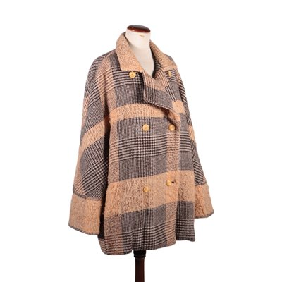 Vintage Pince of Wales Coat 1970s-1980s
