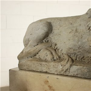 Pair Of Lion Sculptures in Carrara Marble Italy 19th Century