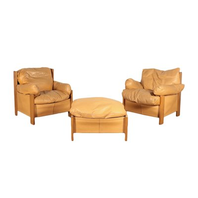 Pair of Armchairs with Footrests Leather Feather Italy 1980s