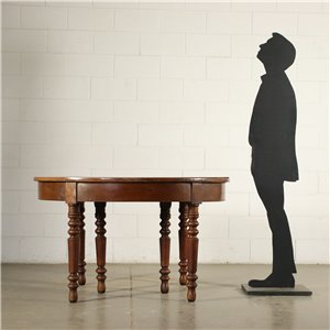 Extensible Table Walnut Italy 19th Century