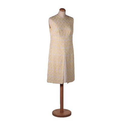 Vintage Dress With White and Yellow Embroideries 1950s-1960s