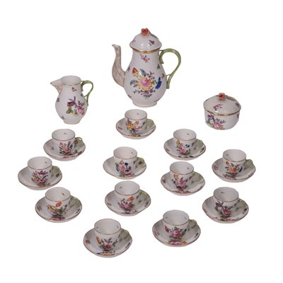 Herend Hungary Coffee Set Porcelain 20th Century