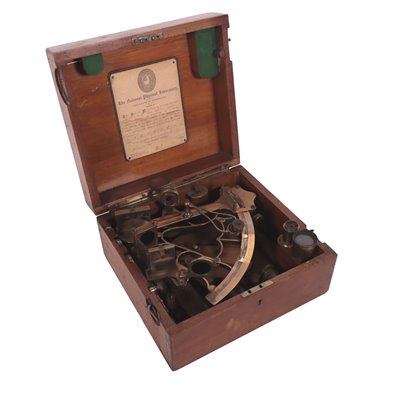 Sextant With Brass Frame Mahogany England 20th Century