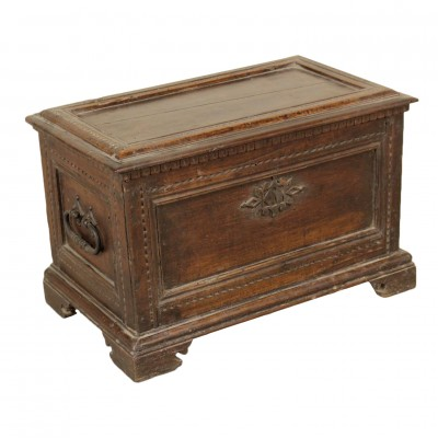 Small Box Walnut Manufactured in Italy 17th Century Antiques Other Furniture