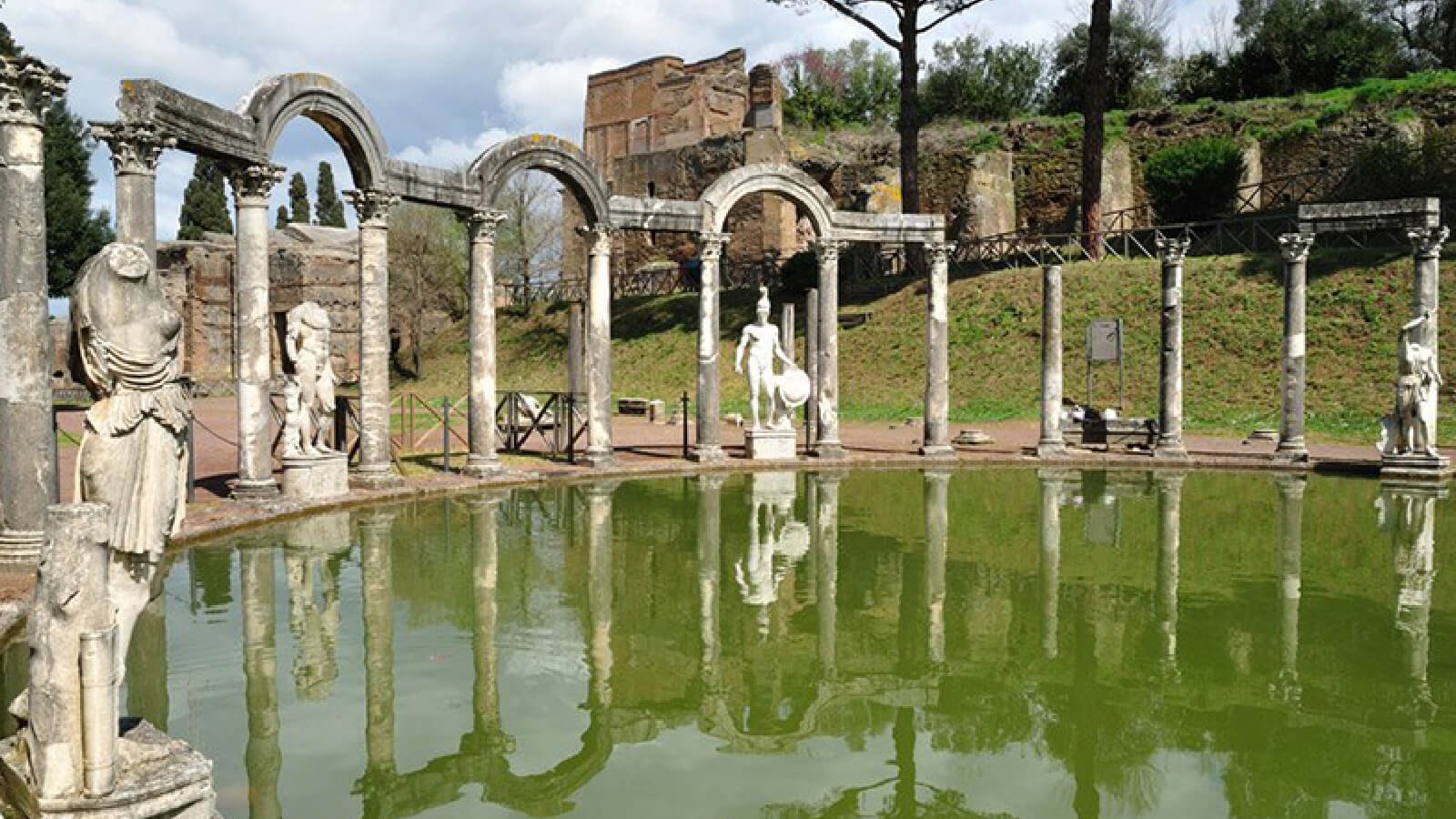 A glimpse of Villa Adriana in Tivoli
